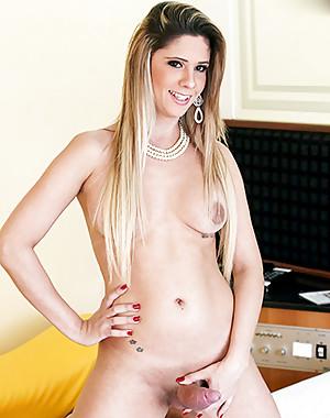 Tranny Nicole Bahls
