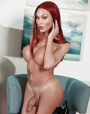 Mia Isabella
